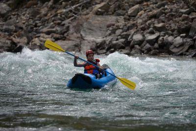 inflatable-kayak-rafting-montana